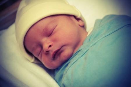 why do newborns get jaundice